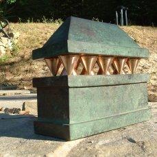 Sarcophagus 1, 20x9x20 cm, 2006