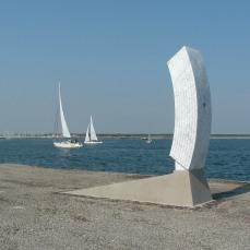 La porta del pensiero, 40x60x240 cm, 2009, Ravenna harbour