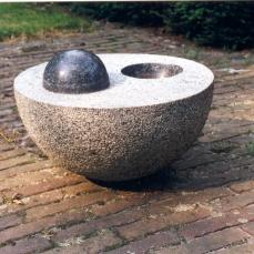 Plus-minus, 43x43x24 cm, 2003